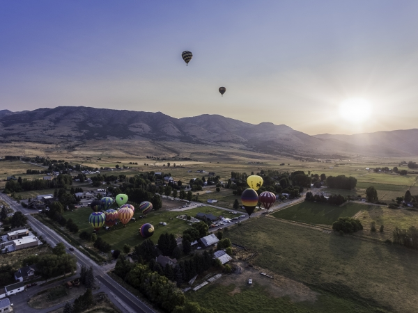 ogden-valley-balloon-festival-2016-photo-1-daniel-wheelwright-64549dbb8eb84a7f0f47abdfd494827062937805